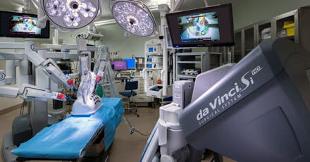 General and robotic surgery operating room at UPMC Jameson.